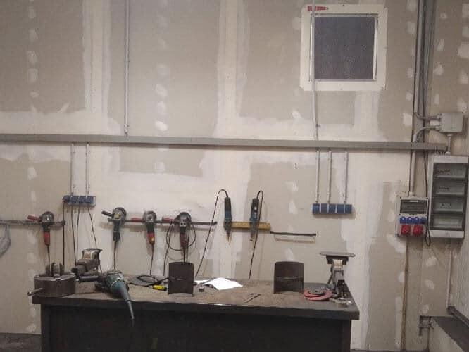 DustBox mit Taschenfiltervorabscheider für die Absaugung von Metallstäuben