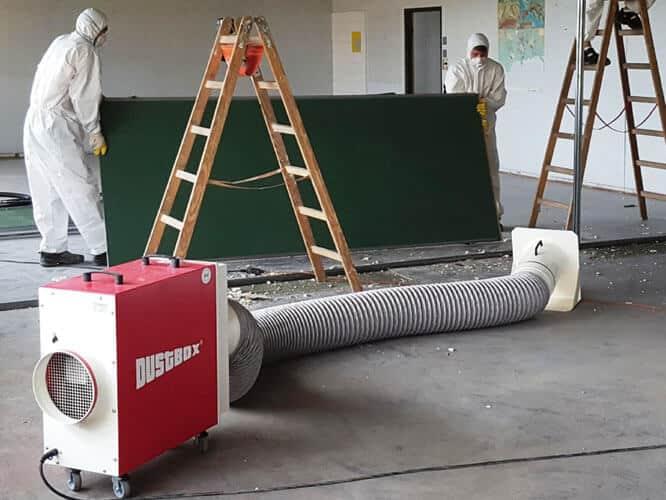 DustBox 2000 beim Einsatz bei der Schimmelsanierung