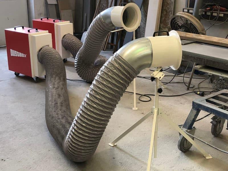 DustBox Umluftbetrieb mit Absaugschlauch und Stativdüse zur Punkterfassung